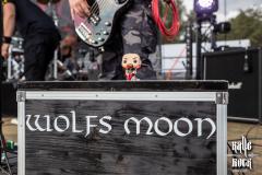 04_Wolfs_Moon_01